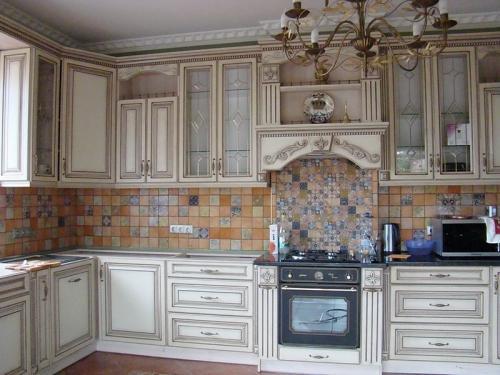 Кухня Патина 38 размер 1.8*3.1 цена 98400 руб