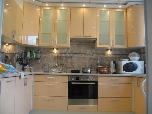 Кухня Эмаль 14 размер 1.9*2.6*1.3 цена 185600 руб