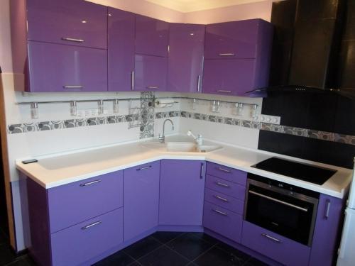 Кухня Эмаль 18 размер 1.9*2.1 цена 128000 руб
