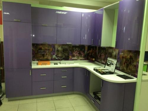 Кухня Эмаль 2 размер 2.5*1.7 цена 134400 руб